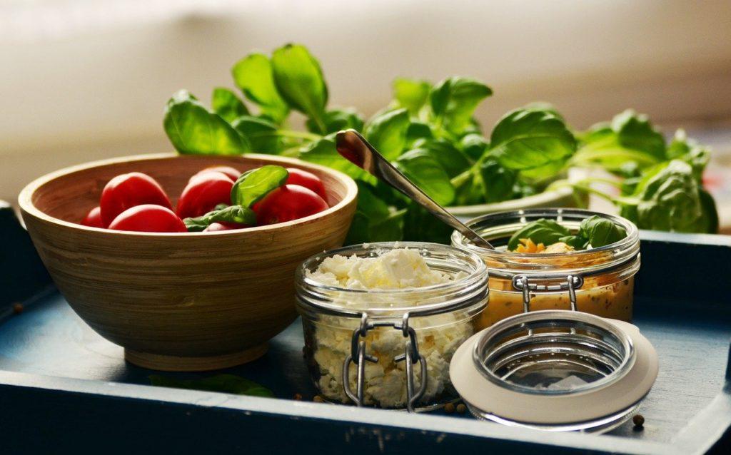 Dlaczego warto używać słoików do żywności?