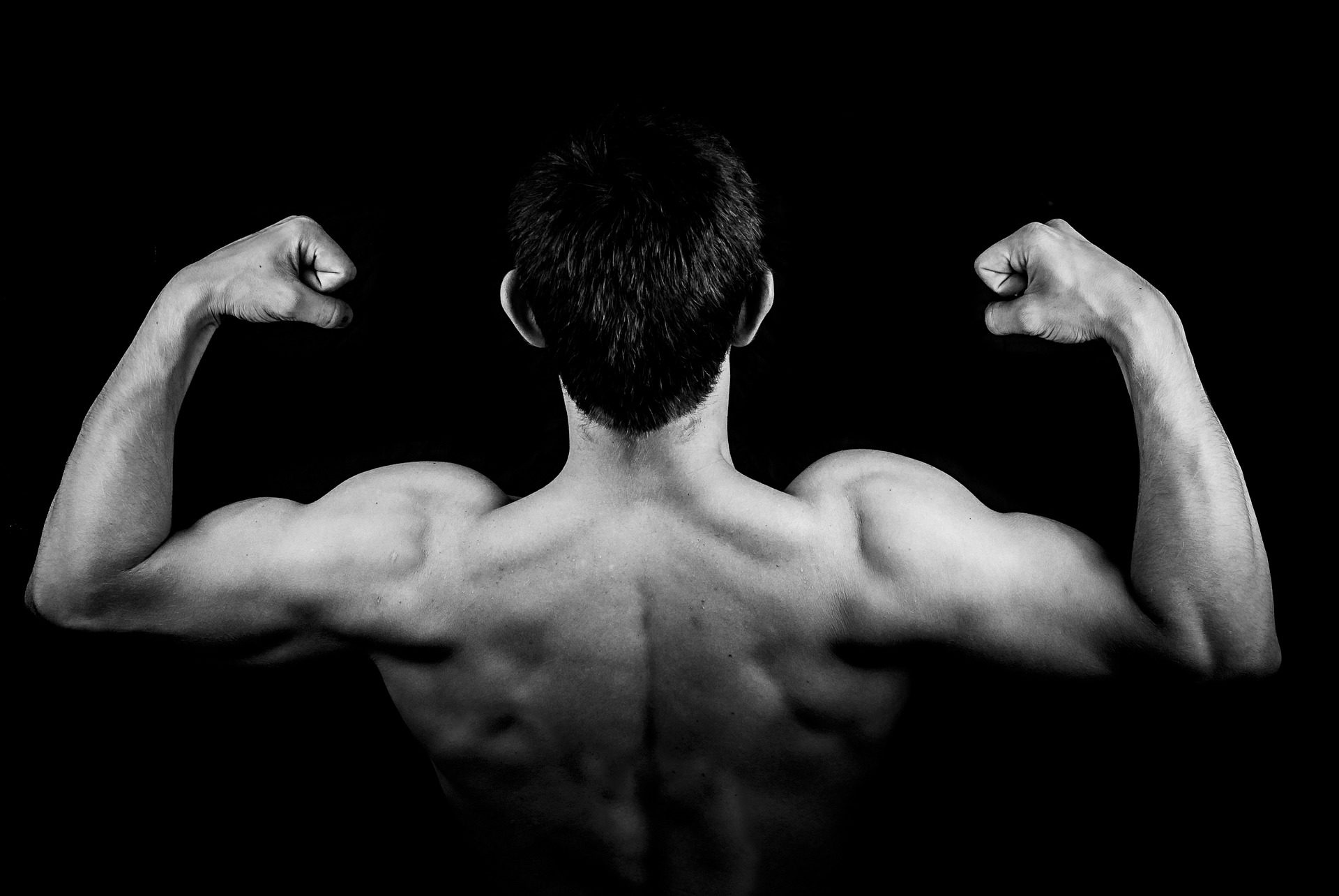 Ławki inwersyjne — poznaj sposób na zdrowe plecy